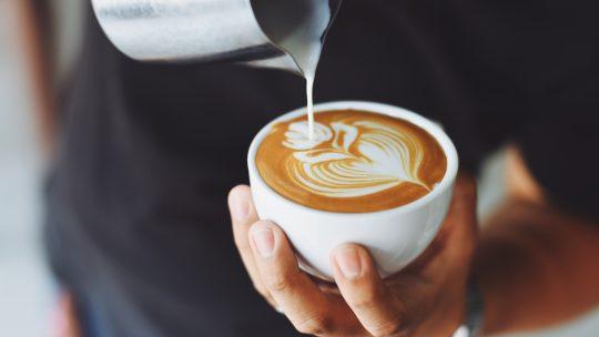 De ultieme koffiepauze tijdens het klussen